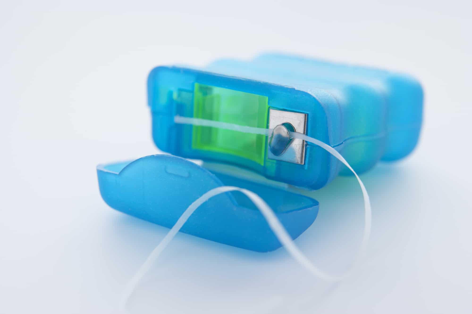 can you flush dental floss